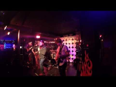 Decades live at the Clash Bar full set