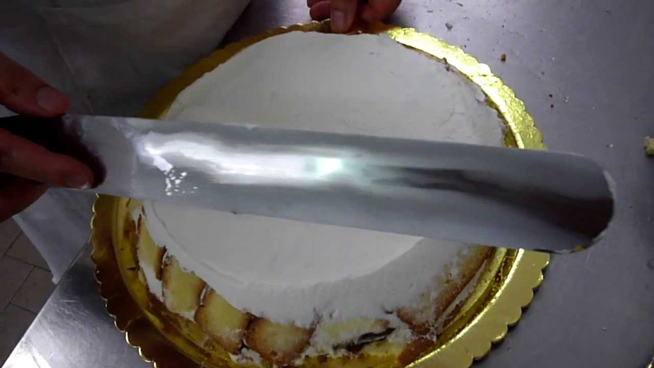 Come fare una torta per bambini nutella e panna con for Decorare una stanza per bambini