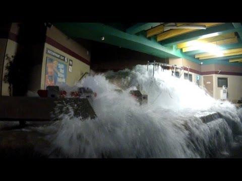 earthquake---the-big-one,-universal-studios-hollywood,-backlot-studio-tram-tour,-pov-hd-1080p