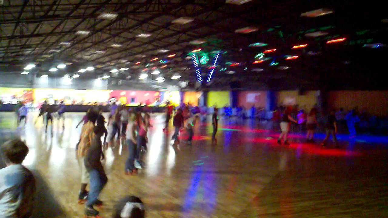 The Fun Warehouse Glow Skate Myrtle Beach Sat