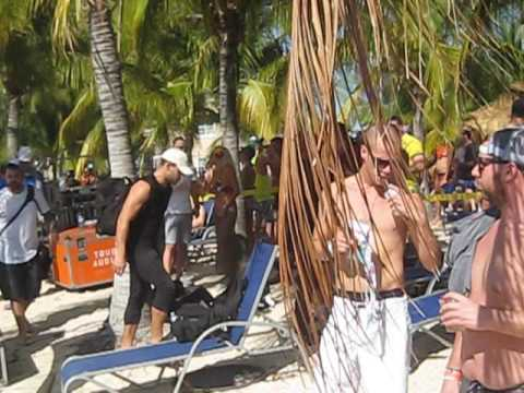 Grand Turk Beach Party on Groove Cruise Miami 2017