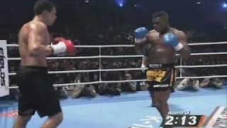 SHAB NA3NA3 / Badr Hari vs Remy Bonjasky - round three (K1 WGP 2007)
