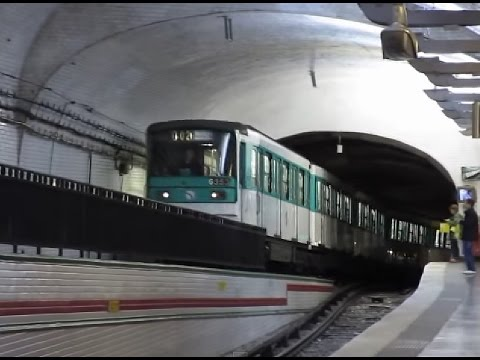 France: The unique Mirabeau station on Paris Metro line 10