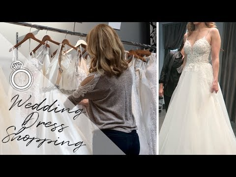 Wedding Dress Shopping || Vlogmas Day 1
