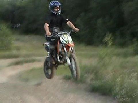 2010 Gio 140cc Dirt Bike Stronger Dans 125cc Youtube