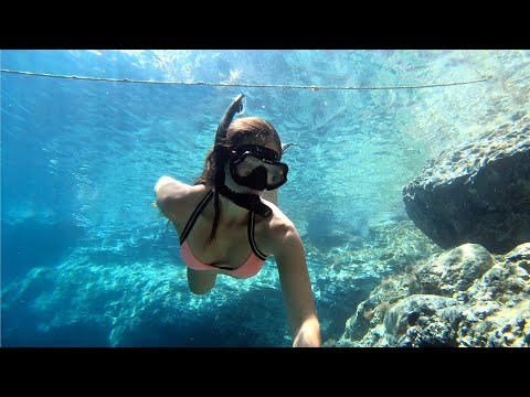 Amoudi Bay, Santorini, Greece (Freediving for treasure)
