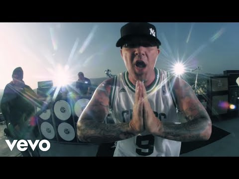 Limp Bizkit - Gold Cobra (Official Video)