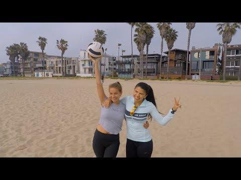 Volleyball on Venice beach: Sun, Girls, Raul