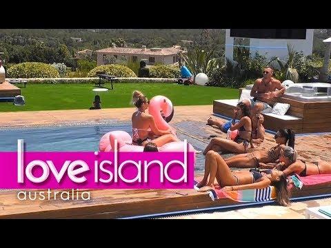 Shelby wants Jax to make a move | Love Island Australia 2018