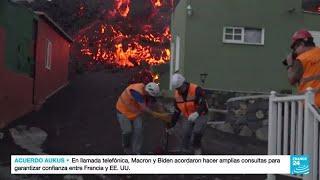 España: lava del volcán Cumbre Vieja avanza sin parar mientras arrasa todo a su paso