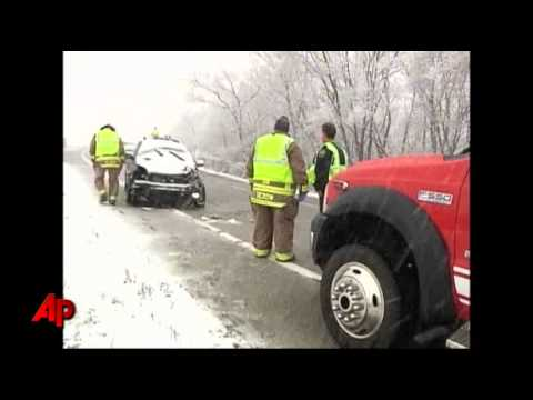 Raw Video: Winter Weather Surprise in Wisc.
