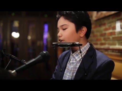 Piano Man, Amazing Performance 11 year old  Matthew Williams singing Billy Joel
