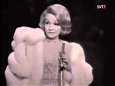Marlene Dietrich - Johnny