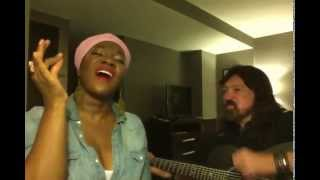 "India.Arie sings ""Loves In Need"" with Blue Miller"