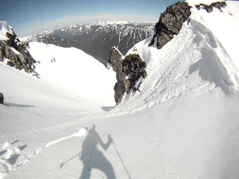 Snoqualmie Mtn - Crooked Couloir