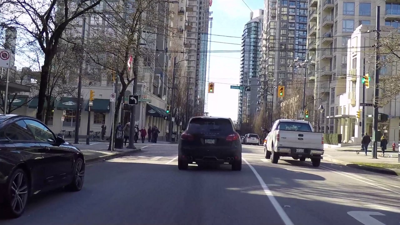 Vancouver Bc Canada - Richards Street - Middle Of Downtown -3929