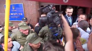Саакашвили министру юстиции: ты мерзавец и сядешь в тюрьму
