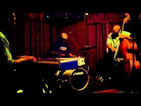 """Free Jazz"" opening@Twains jam 2013-03-19"
