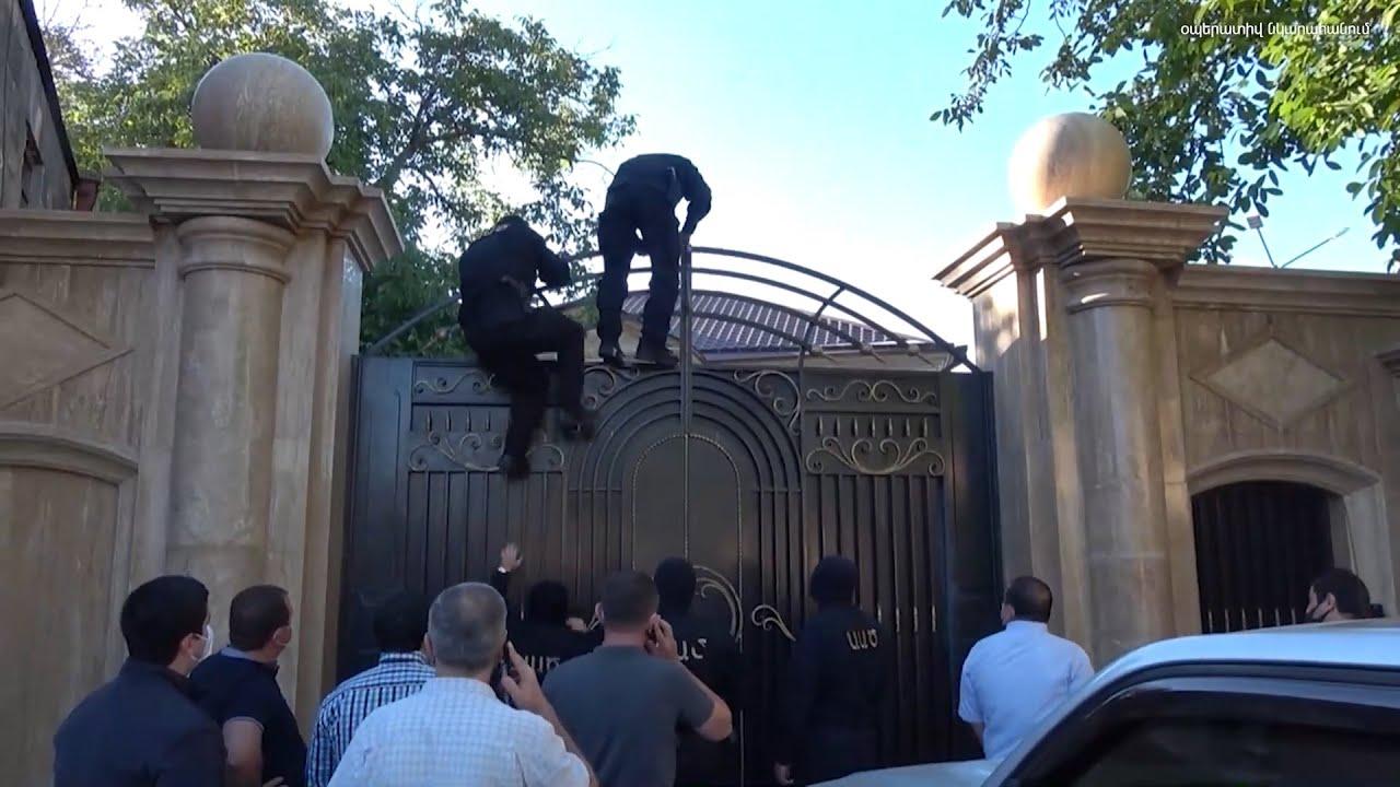 Տեսանյութ.Դիմել են «օրենքով գող» Օշականցի Գեւորիկին՝ փողերը «վազվրատ» անելու հարցով. նա ձերբակալվել է