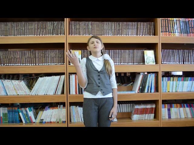 Изображение предпросмотра прочтения – КристинаБобкова читает произведение «Ворона и Лисица» И.А.Крылова