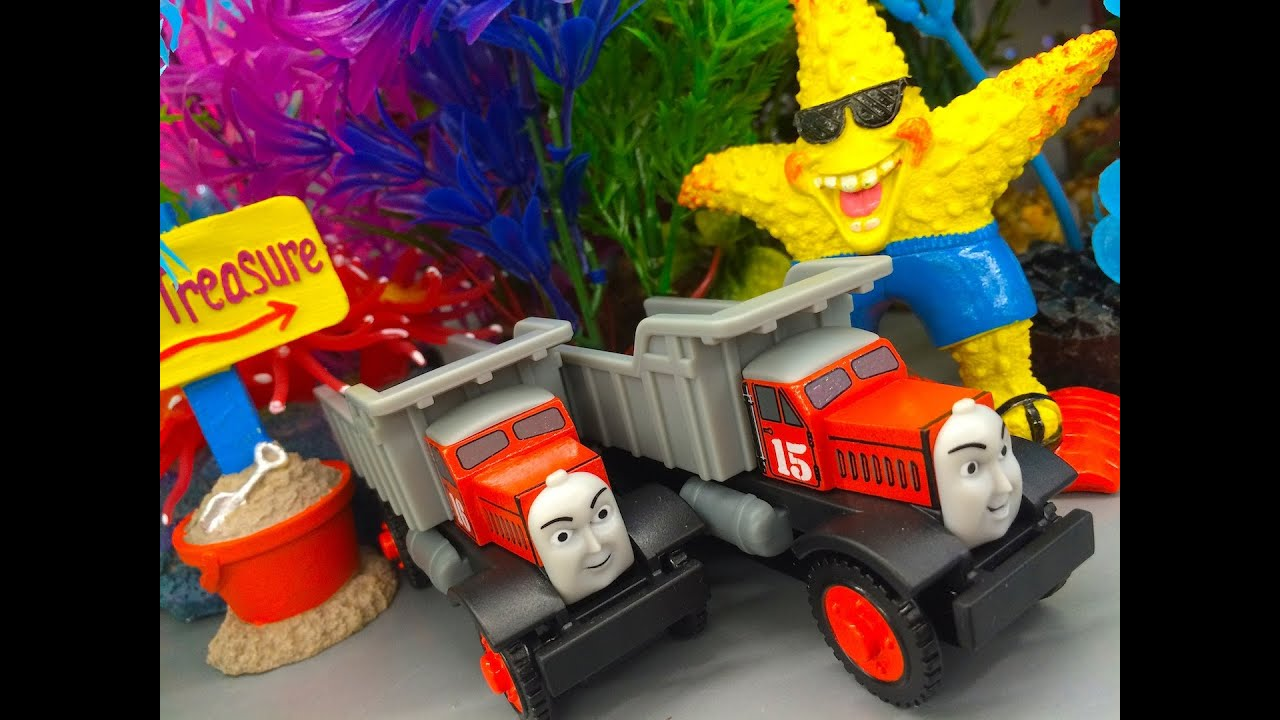Thomas Friends Max Monty Wooden Railway Toy Train Review By Mattel Fisher Price Character Friday