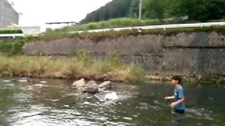 http://tabinchuya.cart.fc2.com 福岡県矢部村、矢部川源流公園近くの河...