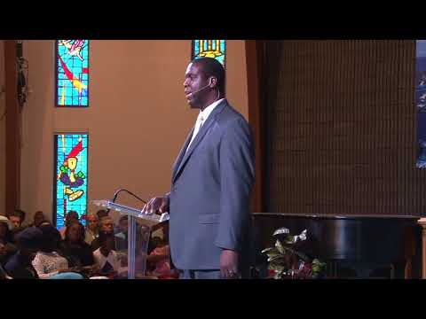 """October 21, 2017 Sermon: outSTANDing: """"A Love that Hurts"""""""