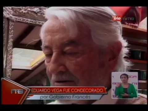 Eduardo Vega fue condecorado por gobierno francés