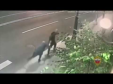 70-year-old grandmother fights off mugger on Moscow street