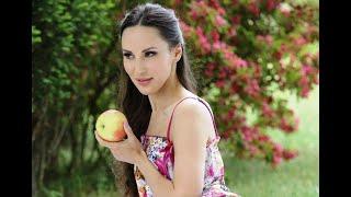 Interview with russian pornactress Lilu Moon/Интервью с порноактрисой Лилу Мун(русс субтитры)