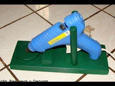 Diy base para pistola de silicon youtube for Pistola de pegamento o de silicona