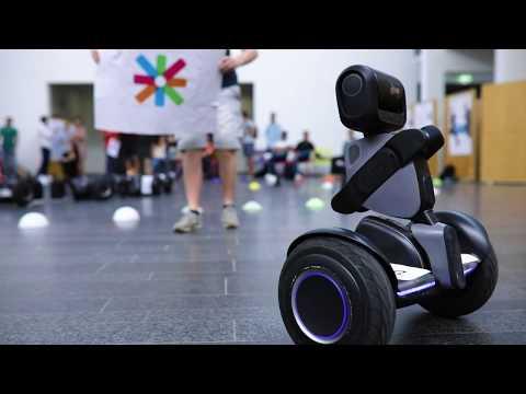 Human-robot tandem race