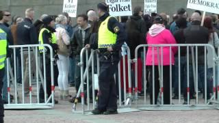 Tiggare går till Sverige demo polisen är fundersam