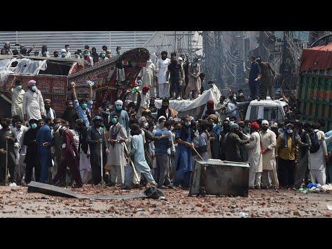 باكستان: إطلاق سراح 11 شرطيا احتجزتهم مجموعة متطرفة خلال مظاهرات مناهضة لفرنسا  - نشر قبل 4 ساعة