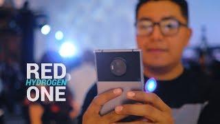El primer teléfono con pantalla 4D HOLOGRÁFICA  |  Red Hydrogen ONE