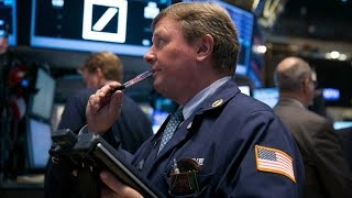 Jim Cramer Says Investors Shouldn't Rush to Buy Stocks