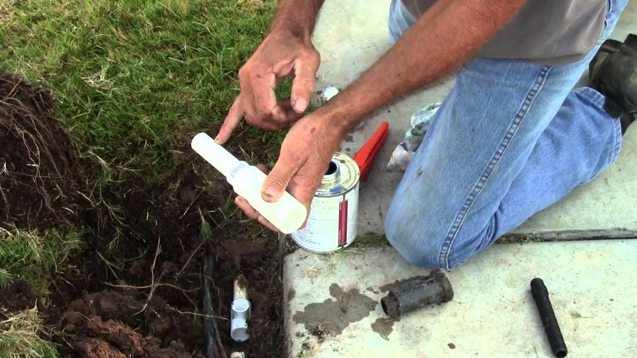 Sprinkler Repair -- How to Repair Irrigation Pipe - YouTube
