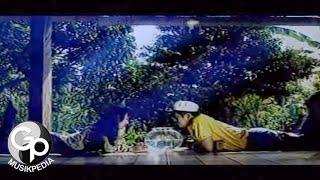 Download Anie Carera - Cintaku Takkan Berubah (Official Music Video)