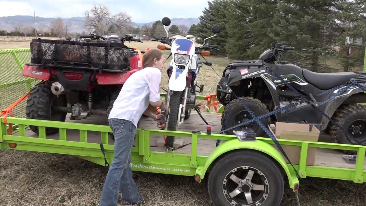 2016 Ford Explorer Towing Capacity >> 2016 Ford Platinum Explorer Towing Atv Trailer Using Bolt Locks