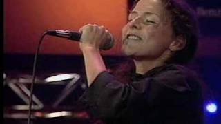 Emiliana Torrini - Unemployed In Summertime (Live)