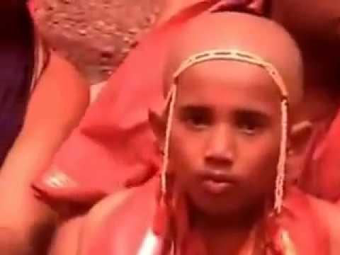 Samuhika Upanayana by Satyatmatheertha Swamy