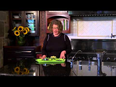 Cuisinart Mini Dutch Oven Stainless Servers (7MS2-32) Demo Video