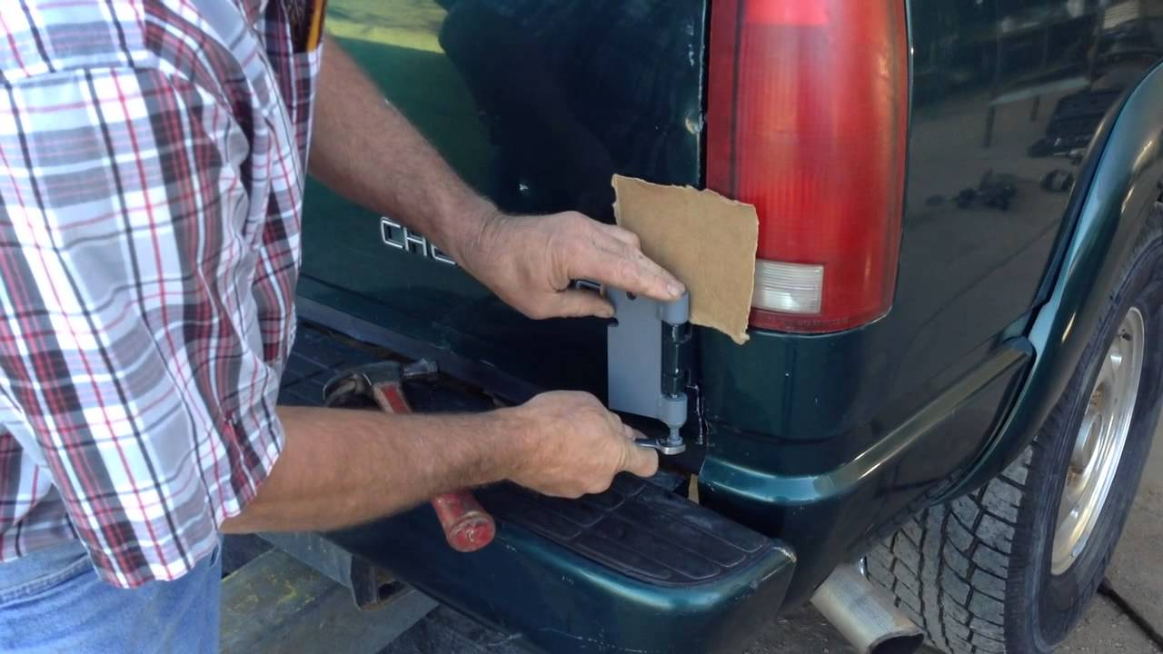 How To Remove Chevy Gmc Tahoa Suburban Rear Barn Doors