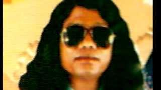 Fakir Kari Amir Uddin:  Premo Shell Bindilo Bukey.