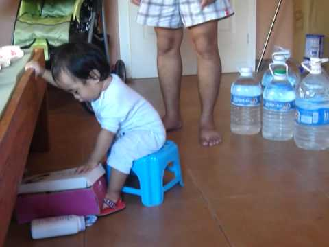 i dont need a HIGHCHAIR!