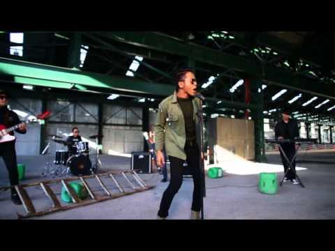 [MTV] Hazama & SleeQ - Lari (OST Filem Lari)
