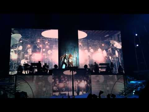 Britney Spears - hold it against me - Ukraine LIVE 2011 Kiev  September 27, HD!