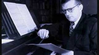 Shostakovich plays Prelude and Fugue No. 4 in E minor