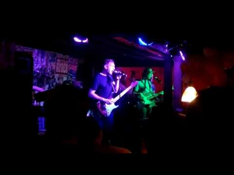 The Blue Flames: Pink Floyd live in Barnabys Blues Bar
