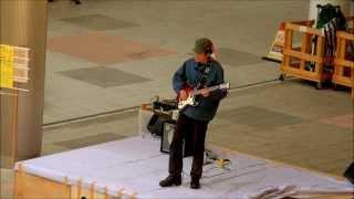 2012.12.09 東京日暮里駅前広場で行われた「にっぽり餅つき祭り」のステ...